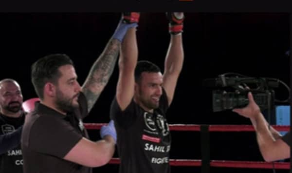 Sahil Siraj takes the win with a round 2 TKO
